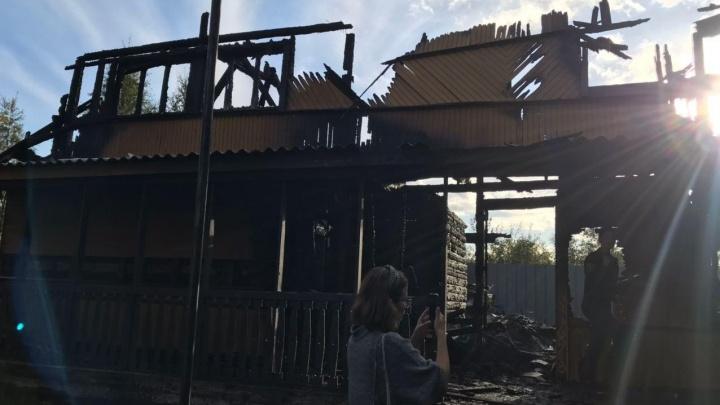 Архангельские экоактивисты отправились на Соловки брать пробы воды и лишились всех вещей в пожаре