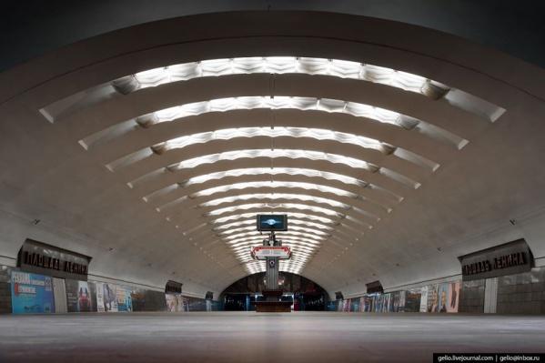 Фото со станции «Площадь Ленина» в Новосибирске