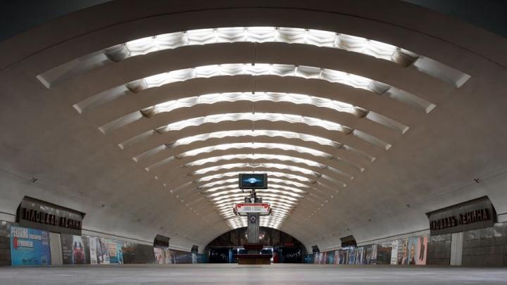 Слава Степанов снял безжизненные станции метро по всей России — от этих кадров мурашки по коже