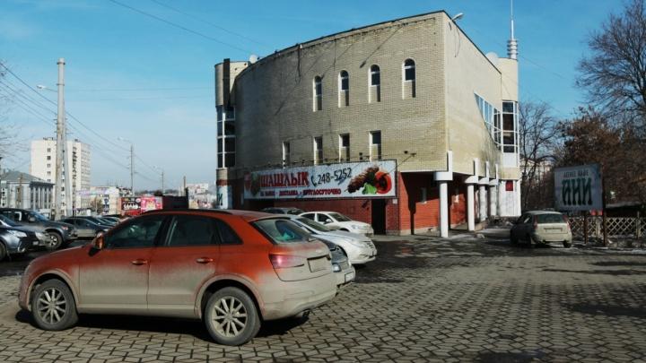 Челябинский храм Александра Невского переезжает в скандальный «утюг»