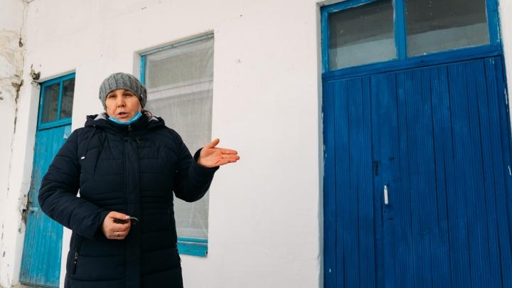«Живите, как хотите»: история учителя из омской деревни, где закрыли единственную школу