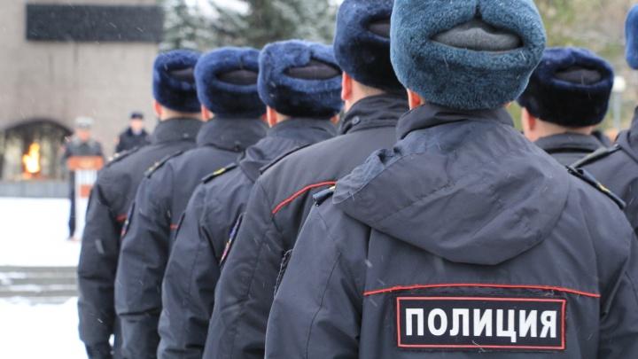 Пятерых полицейских в Архангельской области осудили за угрозы расправы над подозреваемым