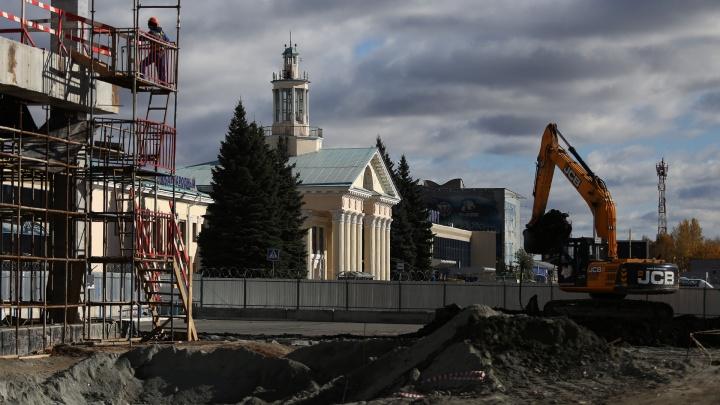 С челябинца, осуждённого за аферу при реконструкции аэропорта, взыскали четверть миллиона рублей