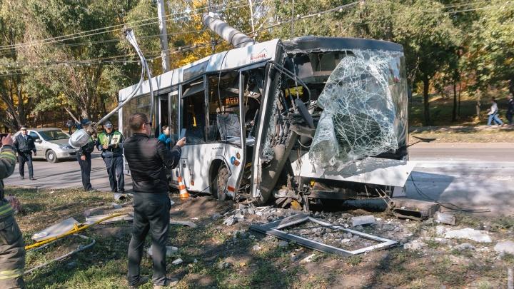 В Самаре вынесли приговор водителю автобуса, который врезался в столб