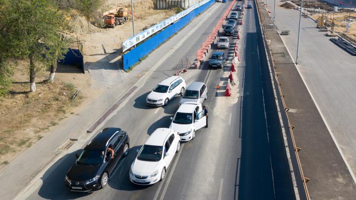 Авария на рокадной дороге Волгограда привела к утренней пробке