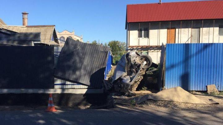 Протаранил забор: в полиции рассказали подробности ДТП в Зубчаниновке