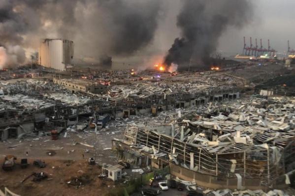Так выглядел Бейрут в первые часы после взрыва