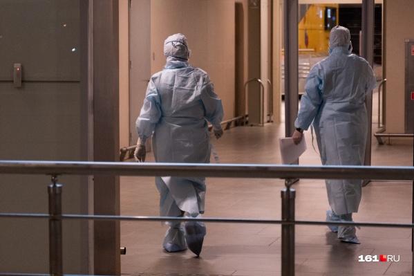 Главный санврач Дона считает, что в некоторых медучреждениях врачи не соблюдали меры предосторожности при работе с подозреваемыми на коронавирус