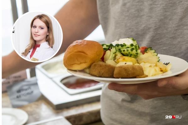 А вы знали, что если вы не хотите переедать, то тарелка должна быть в диаметре 22 сантиметра — ни больше ни меньше? И никакой добавки
