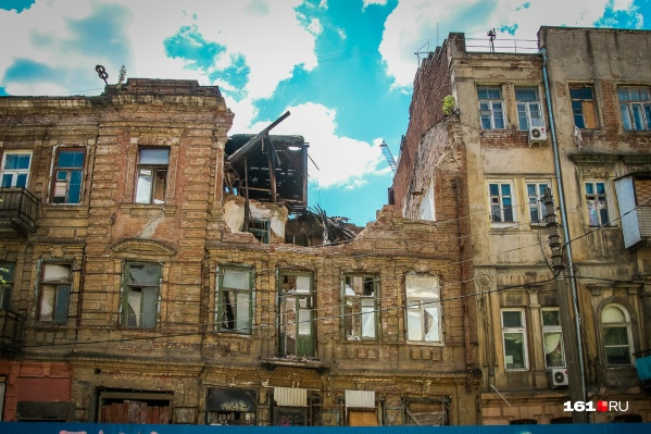 Ростов накануне остался еще без нескольких исторических построек