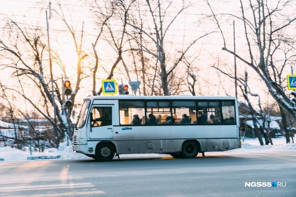 В честь масленичных гуляний на Любинском проспекте автобусы будут ездить по-новому