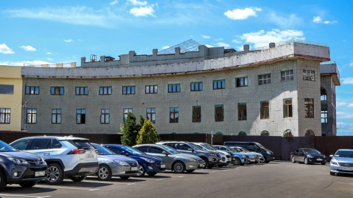Во дворец для нижегородских чиновников вложат еще 305 миллионов рублей
