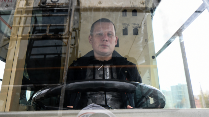 Екатеринбуржец получил 300 тысяч за умение водить троллейбус лучше всех в России