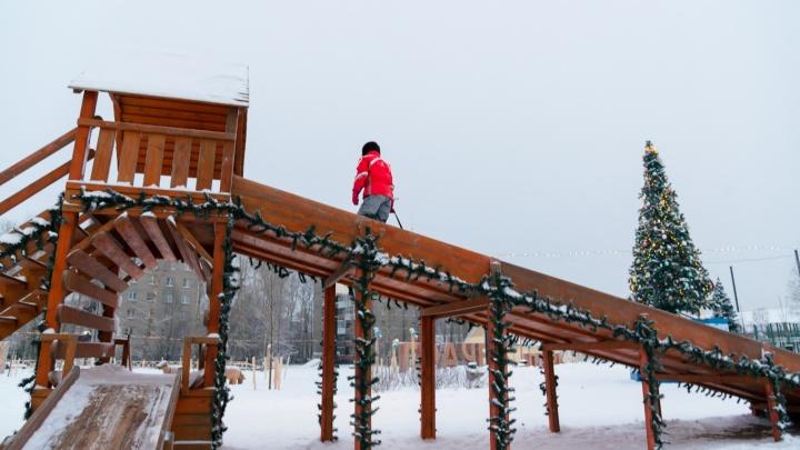 Хоть на картонке, хоть на ледянке: рассказываем, где в Архангельске можно покататься с горок