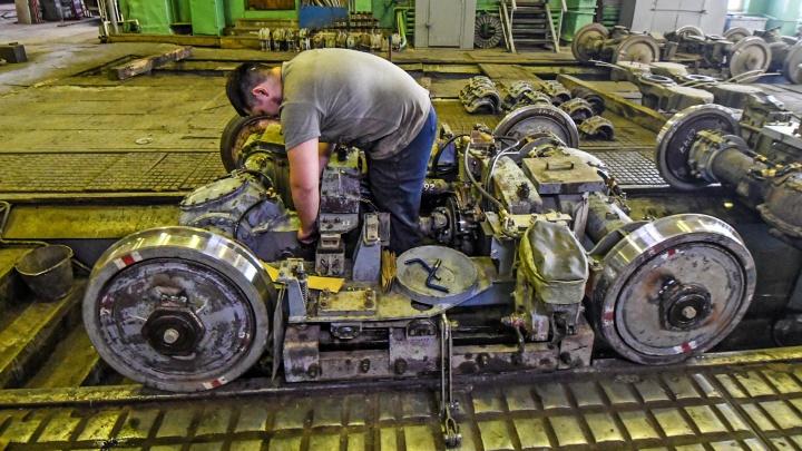 Батареи в трамваях будут шпарить на полную мощь: как в Екатеринбурге готовят вагоны к холодам