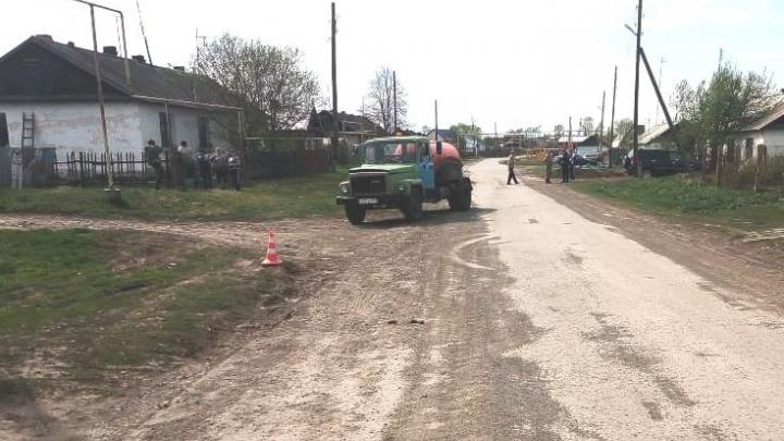 В Новосибирской области грузовик насмерть сбил шестилетнюю девочку