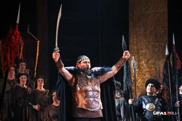 Уроженец Башкирии выступит на сцене с мировыми легендами оперы