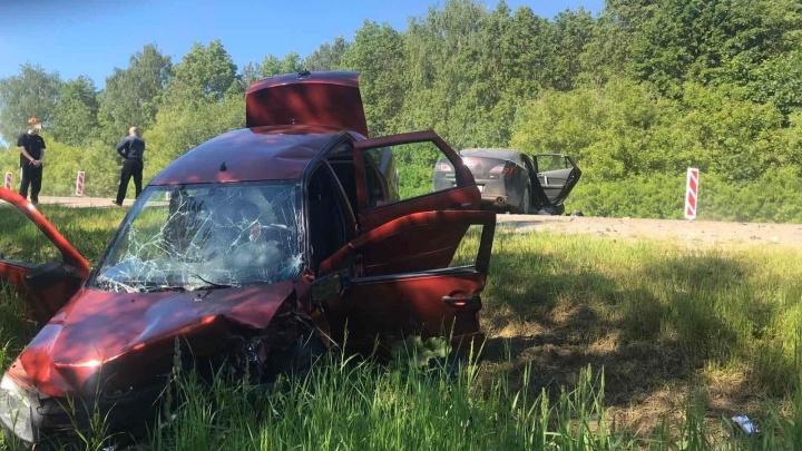 Массовое ДТП в Дальнеконстантиновском районе: столкнулись 4 автомобиля, 6 человек пострадали
