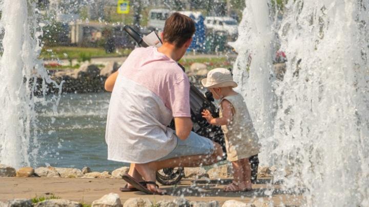 Как вести себя в жару во время пандемии дома и на улице — советы от Минздрава
