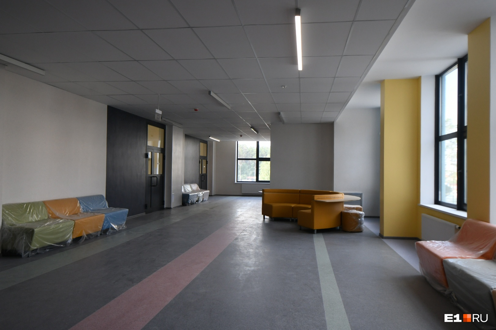 Коридор новой школы