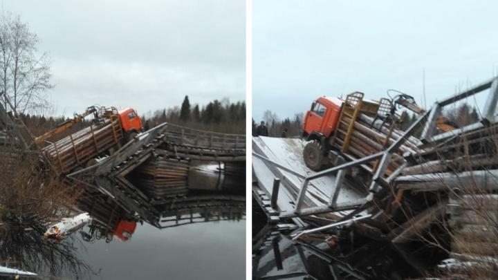 Жителей поселка в Шенкурском районе, где КАМАЗ разрушил мост, будут перевозить через реку на лодках