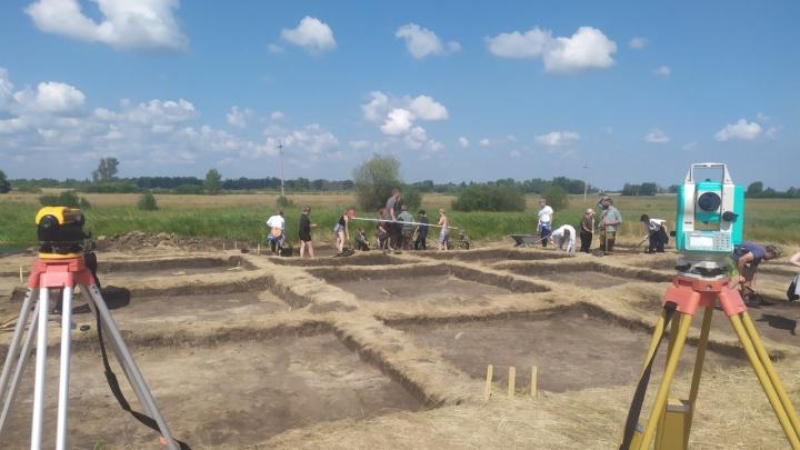 Древние люди останавливались для охоты и рыбалки: в Зауралье археологи нашли предметы эпохи энеолита