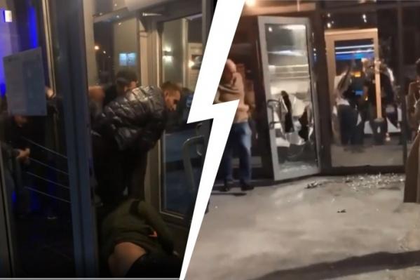Посетители накинулись на охранников из-за того, что те не пустили их внутрь заведения