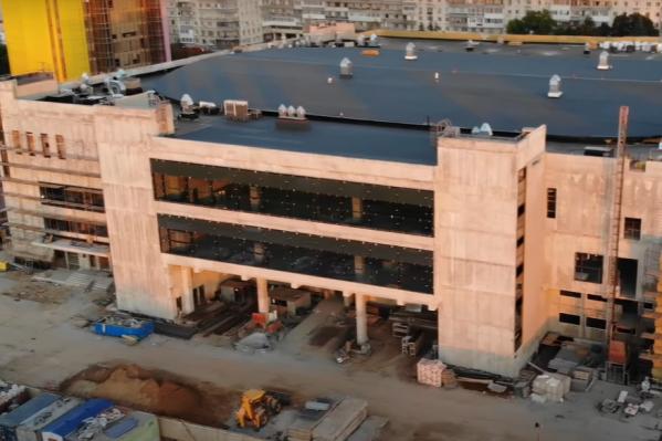 Чтобы достроить здание, нужны дополнительные средства