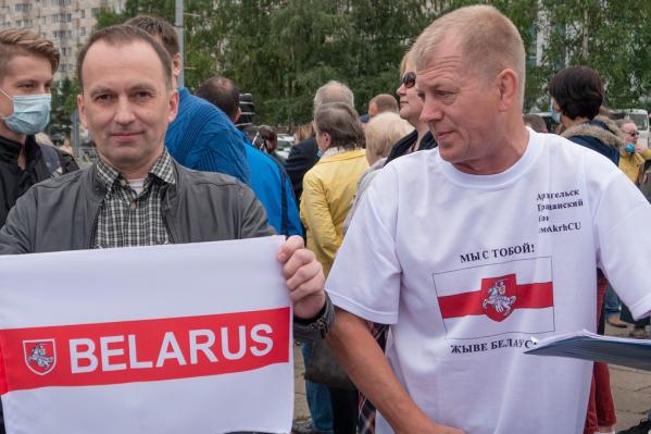 Юрий Чесноков — справа