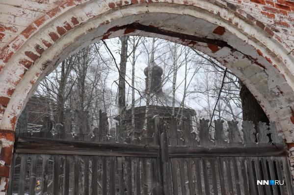 Старинные храмы и заброшенные деревни привлекают многих романтиков