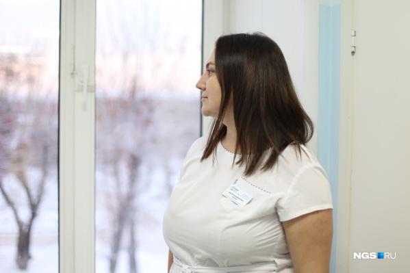 Онколог рассказывает, что у мужчин рак почки часто обнаруживается во время УЗИ при жалобах на дизурические расстройства (проблемы с мочеиспусканием), а у женщин — на МРТ при жалобах на боли в поясничном отделе позвоночника