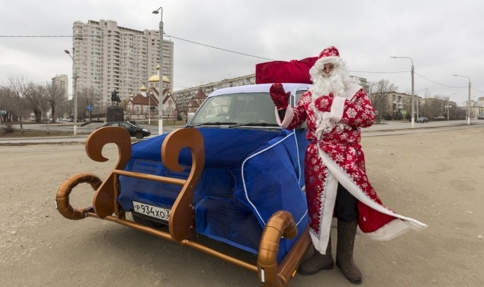 Дед Мороз прокатится по Волгограду в мобильной резиденции