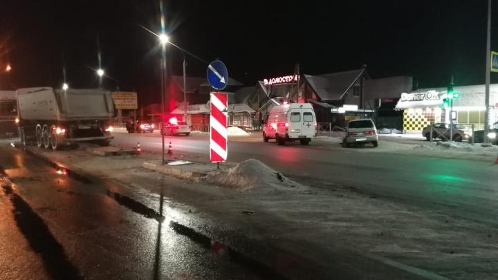 В Первомайском районе столкнулись КАМАЗ и «Тойота» — один из водителей скончался в больнице