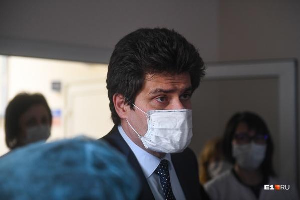 На совещании оперштаба заявили, что в Екатеринбурге 3360 заражённых коронавирусом