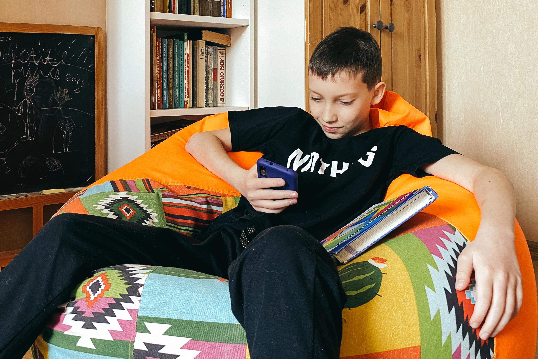 У детей нет навыков тайм-менеджмента, поэтому выполнение уроков растягивается на вечность