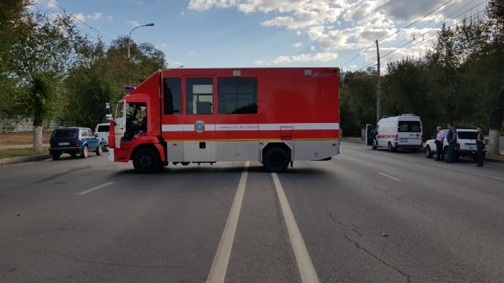 В Волгограде из-за взорвавшейся заправки перекрыт проспект и не ходит городской транспорт