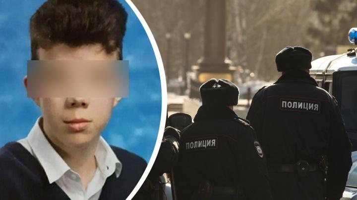 Нашли на пустыре: подростка из Новосибирска обнаружили мертвым в Омской области