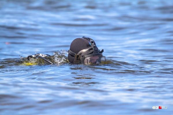 Тело одного ребенка нашли на глубине 4 метра, другого — 2,5 метра