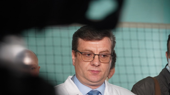 Врачи хотят оставить Алексея Навального в Омске до стойкой стабилизации его состояния