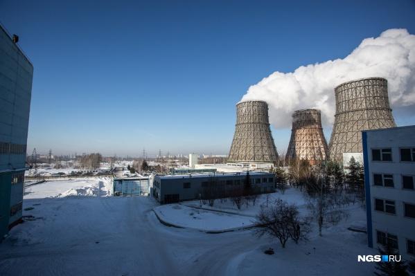 Котлы ТЭЦ были не приспособлены к бурому углю, который без специальных приборов их быстро загрязнял
