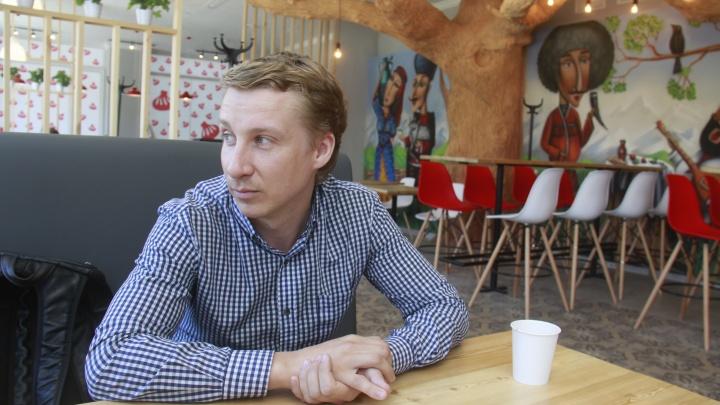 Самый ловкий: ресторатор, который заворачивал клиентов в шаурму, продал всё до коронакризиса и объехал полмира