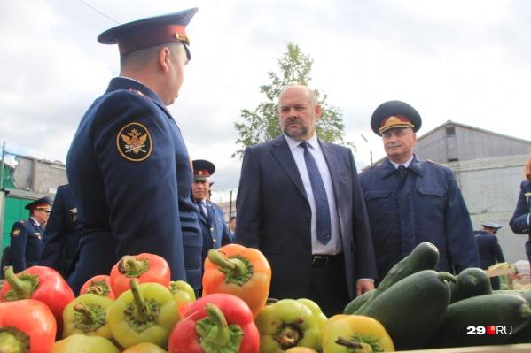Вот, например, Игорь Орлов и сладкие перцы