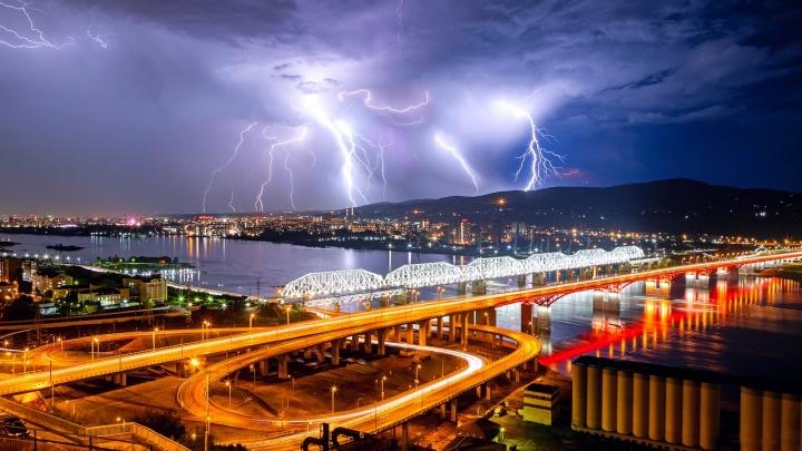 В понедельник в Красноярск придут сильные ливни и град
