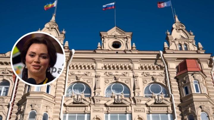 Депутат из Ростова попросила создателей «Диссернета» удалить с ресурса её фото в корсете