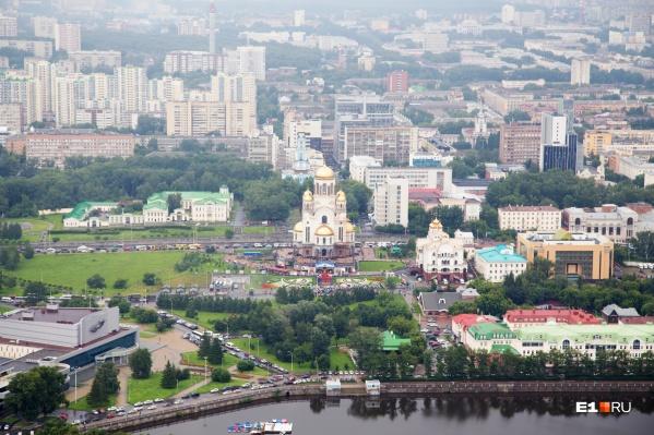 """Житель Екатеринбурга звонил на линию 112 и говорил, что <nobr class=""""_"""">Храм на Крови</nobr> и женский монастырь якобы заминированы"""