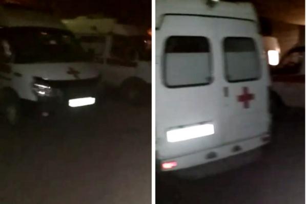 По словам врача скорой помощи, вчера, 23 октября, машины выстроились в очередь у ГКБ № 11 — медикам пришлось часами ждать возможности передать пациента в больницу