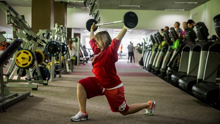 «Тренеры могут отправиться на стройку вместо мигрантов»: сибирячка о горькой судьбе фитнес-клубов