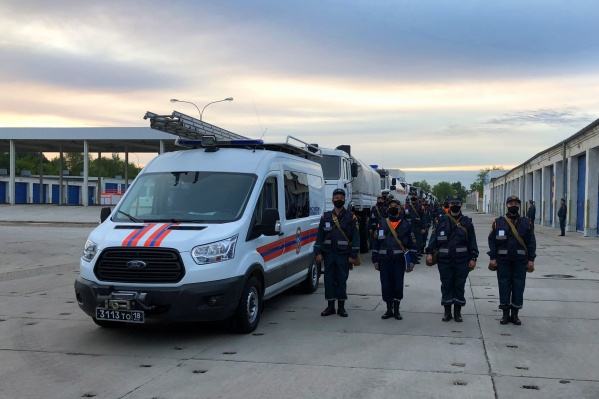 60 спасателей из Самары отправились сегодня в Дагестан