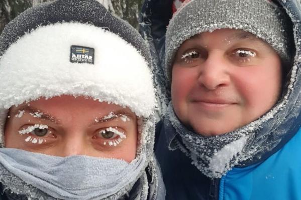 В комментариях жители региона возмутились, что из-за смога в городах Кузбасса нечем дышать