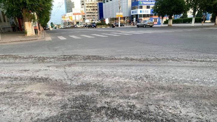 «Это не патриотизм — это извращение»: в Волгограде требуют наказать военных за разбитые дороги